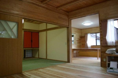 YG邸・木の温もりを感じる和風住宅 (木に香りに包まれたリビング)