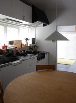 『上足洗の家』豊かな住まい、居心地の良い住まいへリノベーション (ダイニングキッチン)
