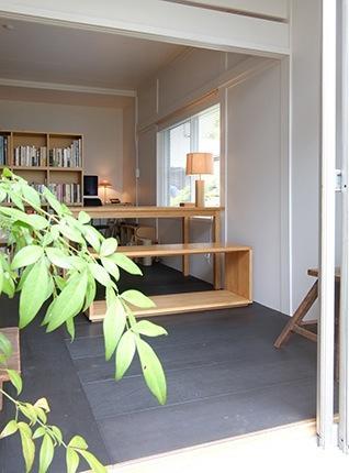 『上足洗の家』豊かな住まい、居心地の良い住まいへリノベーションの部屋 光と風を取り込む書斎