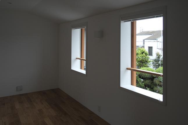 『豊田町の家 』心地よい距離感の二世帯住宅の部屋 ナチュラルなベッドルーム