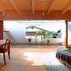 『ハラッパ』絶景の眺めを楽しめる草屋根のある家