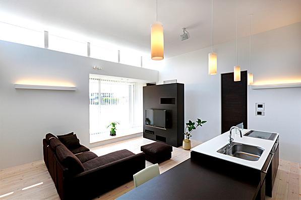 建築家:道家洋「『L/P House』パティオのようなLDKのある住まい」