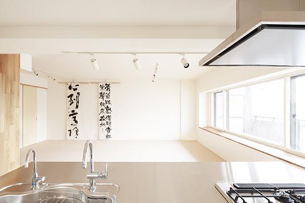 建築家:後藤智揮「『知事公館前の家』書家のためのおおらかで明るい空間づくり」