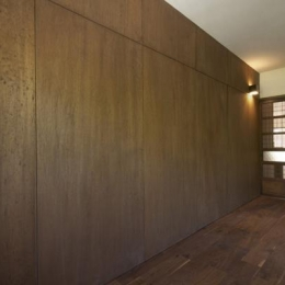 『二子玉川の家』風が通り抜ける落ち着きのある空間に (落ち着いた雰囲気の客間-1)