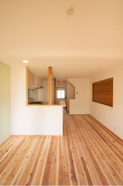 東京都新宿区・戸建てを自然素材の暖かさとお好みテイストでの部屋 自然素材の暖かさに溢れたLDK