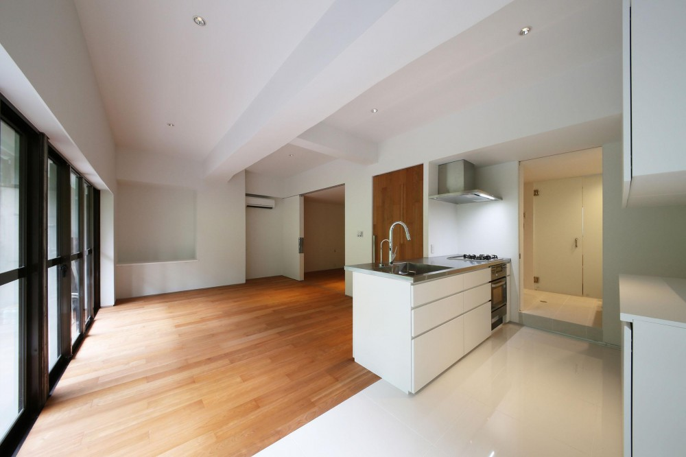 ROR [緑の家] (キッチン)