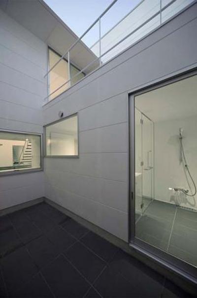 開放的なバスルーム (稲沢GH)