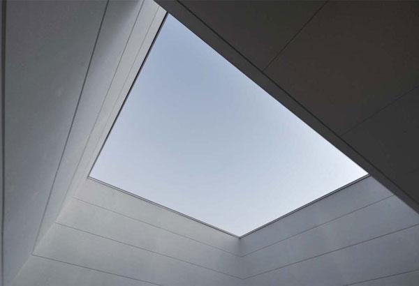 稲沢GHの写真 全ての居住空間を光で満たすライトコート