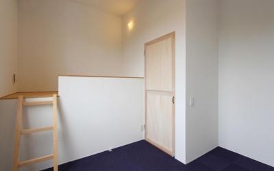 "『tsumiki』""個""の空間を強調、多様な居場所を持つ住宅 (ロフト付きの寝室)"
