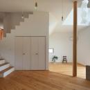 間宮晨一千デザインスタジオの住宅事例「『はざまの家/The Frontier House』家族と自然をつなぐ家」