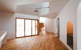 『奇箱 / KIBAKO』明るく開放的な、豊かな空間づくり (明るく開放的なLDK-1)