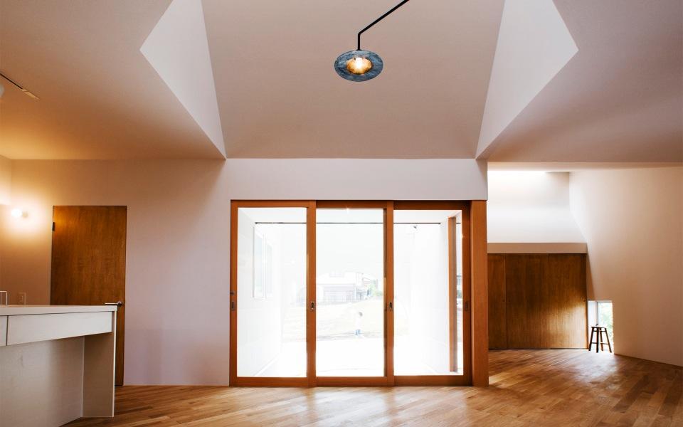 『奇箱 / KIBAKO』明るく開放的な、豊かな空間づくりの部屋 明るく開放的なLDK-2