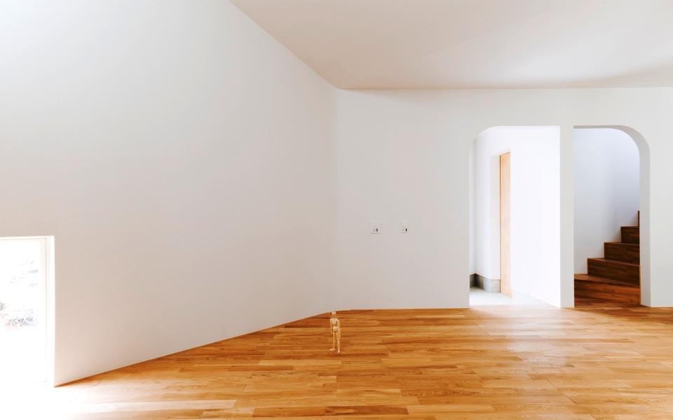 『奇箱 / KIBAKO』明るく開放的な、豊かな空間づくりの部屋 リビング-アールの開口