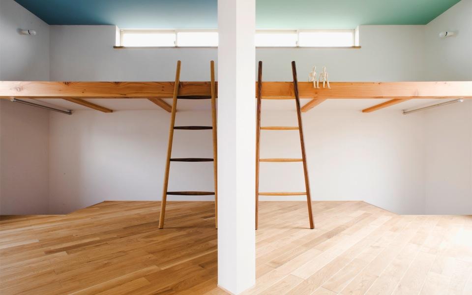 『奇箱 / KIBAKO』明るく開放的な、豊かな空間づくりの部屋 左右対称のロフト付き子供部屋