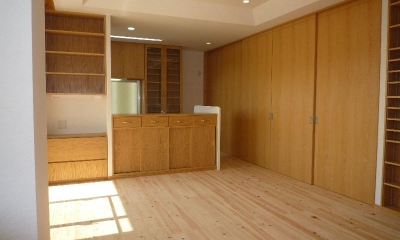 『H-house』自然素材の二世帯住宅 (木の温もり感じる2階子世帯LDK)