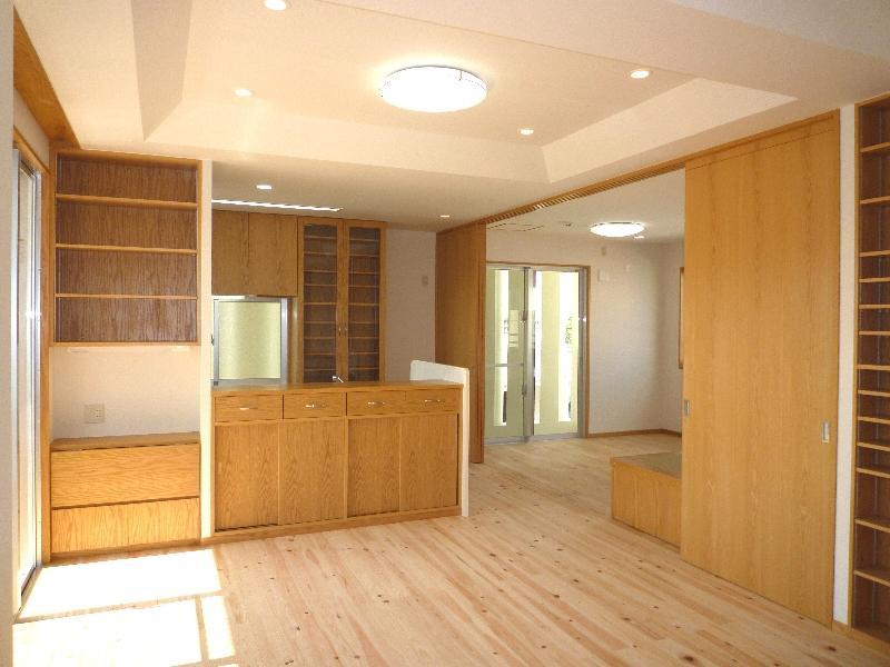『H-house』自然素材の二世帯住宅の部屋 子供室と一体になる2階LDK