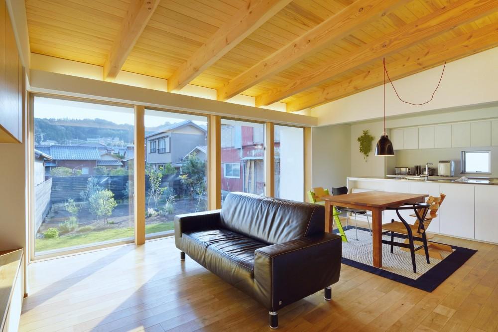建築家:竹内 直樹「『蒲郡・西浦の家』時間がゆったり流れる寛ぎの平屋住宅」