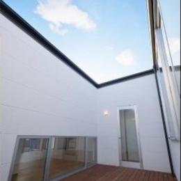 『蒲郡・西浦の家』時間がゆったり流れる寛ぎの平屋住宅 (開放的な中庭)