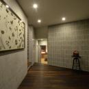 上質な雰囲気漂う玄関ホール