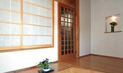 開放的な玄関|和風クラシックモダンな2世帯住宅
