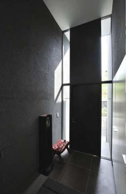 高野台CCH (光が差し込む玄関)