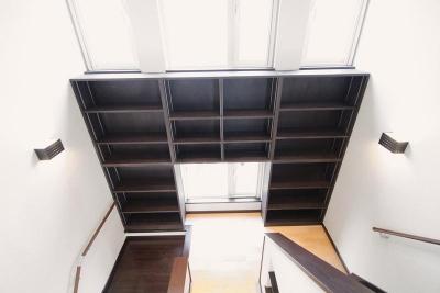 階段書斎のある家 (大容量の階段書斎)