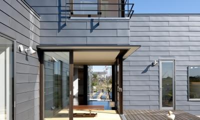 k house (テラス(撮影:© 村井  勇))