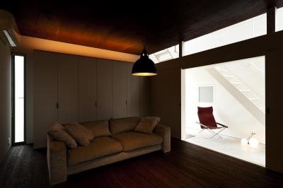 g house (リビング(撮影:© 村井 勇))