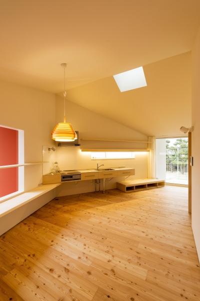 キッチン2(撮影:© 村井 勇) (t house)
