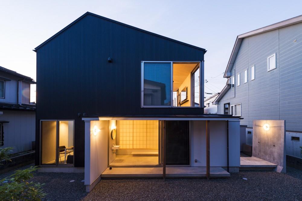 GO-BANG! house (外観2( 撮影:© 村井 勇))