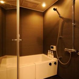 お客様とコラボ。デザイナーズ・リフォーム (モダンな浴室)