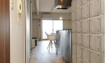 廊下-無機質なオンリーワンの空間|お客様とコラボ。デザイナーズ・リフォーム