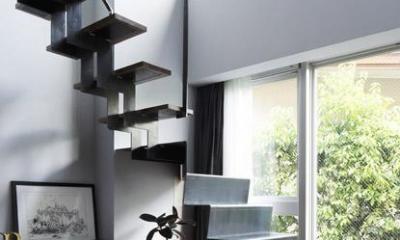 モダンヴィンテージの家 (階段)
