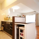オープンタイプの対面キッチン