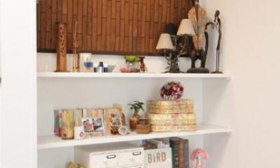 リビングと和室を組み合わせた和みのLDK (職人による手作りの棚)