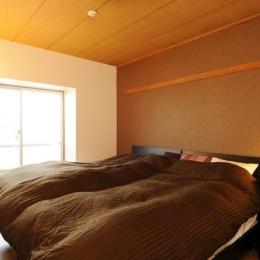 リビングと和室を組み合わせた和みのLDK (温かみのある安らぎの寝室)