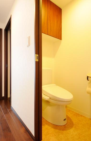 間取りの良さを引き出した開放的な住まいへの部屋 トイレ