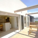 『海を望む家』建築家と建てる横須賀の狭小住宅の写真 海を望めるバルコニー