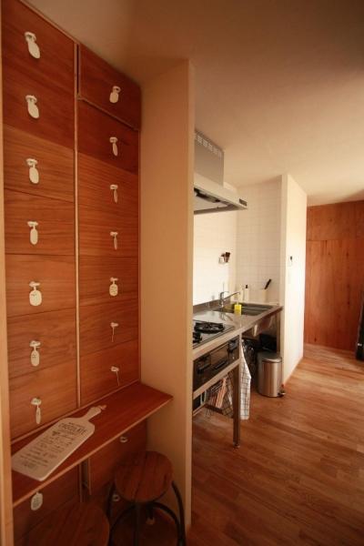 自分で作るベニヤの家 (キッチン)