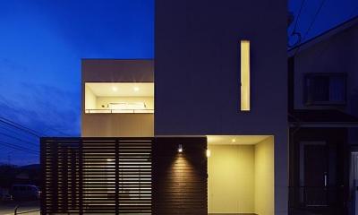 外観夜景-1|『小戸の家』落ち着きとゆとりのある住まい