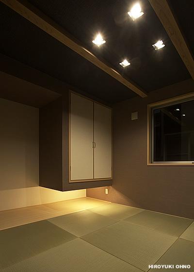 『小戸の家』落ち着きとゆとりのある住まい (落ち着きのある和モダンな和室-2)