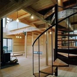 『鹿児島の黒い家』木の温もり感じる和モダン住宅