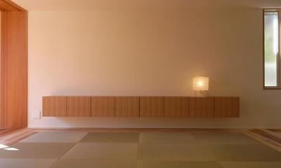 『小柴見の家』伸びやかに暮らせる和みの家 (畳リビング-テレビボード)