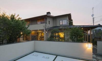 『稲里の家』薪ストーブと大きな吹き抜けのある住まい