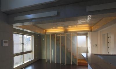 光が差し込む明るいリビング|東京都大田区Y邸