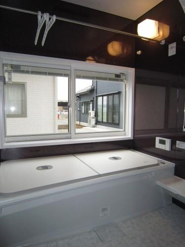 Y邸新築住宅 (内観 浴室)