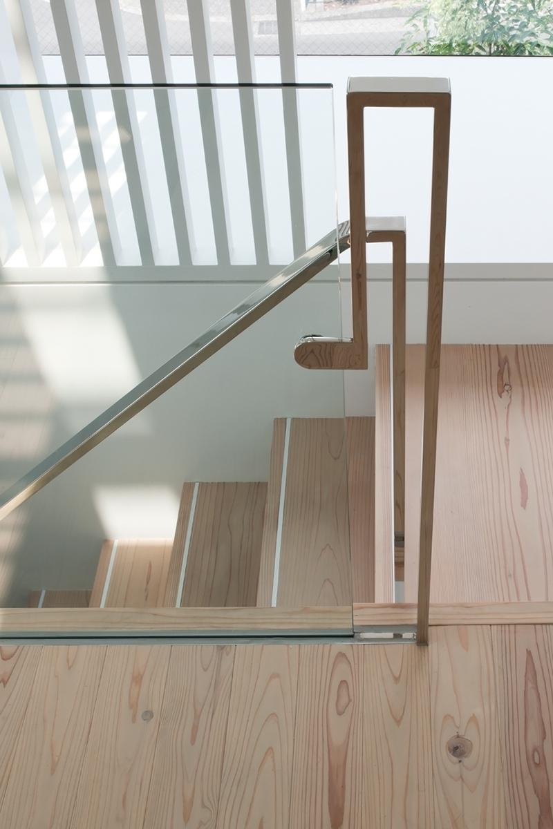 八雲の家の写真 階段 2