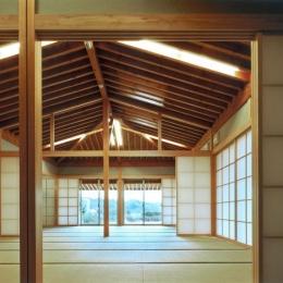 『武蔵野の家』桜の大木の別荘 (2間続きの和室)