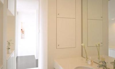 ホテルライクな洗面室|名古屋市N邸・リゾートホテル感覚の日常空間