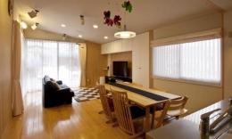 KO邸・二世帯住宅へ増築リフォーム (温かみのある子世帯LDK-1)
